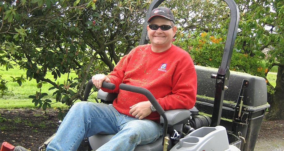 Full Lawn & Landscape Maintenance